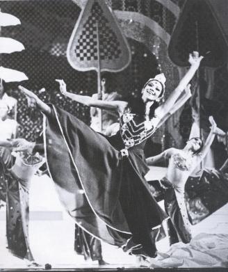 Alice Reyes as Sita in Rama Hari copy